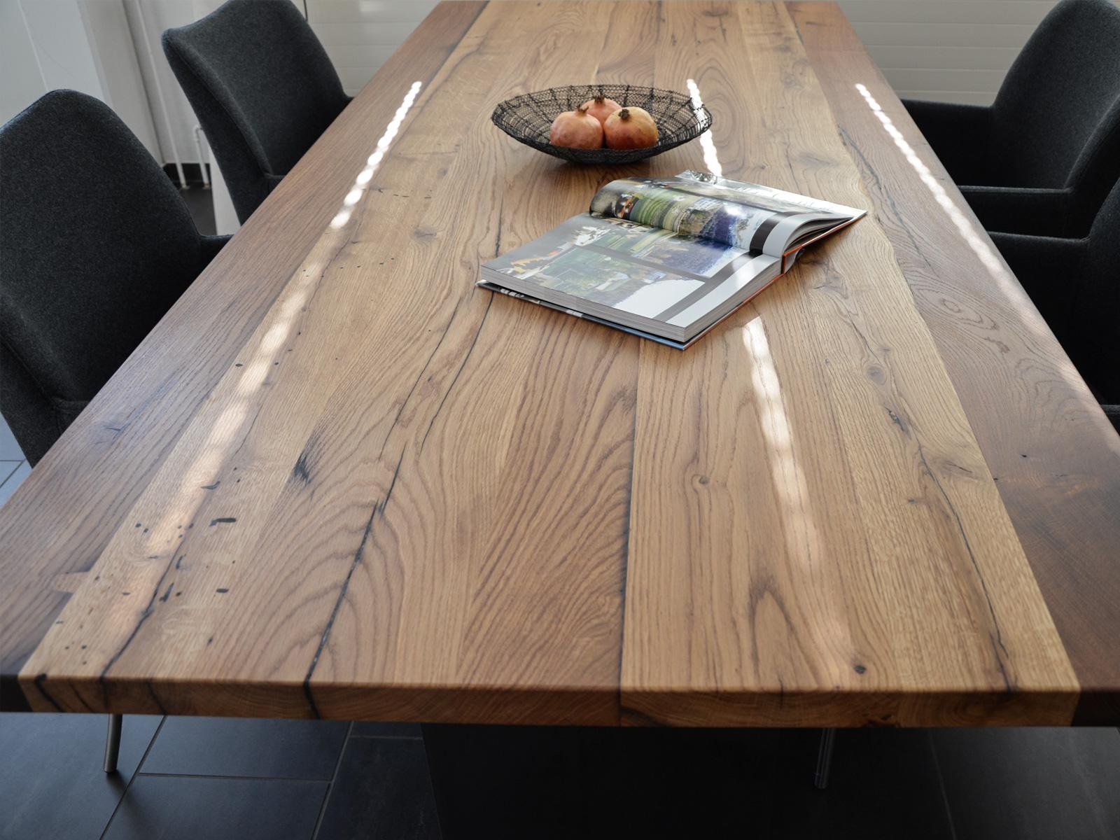100-jährige Eiche - Altholz - Jeder Tisch ist ein Unikat